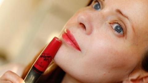 Отзыв: Блеск для губ 05 Розовый гибискус, Lip Lacquer: 5 в 1 и ТРИ варианта насыщенности на утро-день-вечер