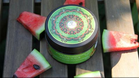 Отзыв: Лето круглый год со скрабом «Сочный арбуз» от Pallada Organics