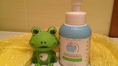 Отзыв: Натуральный нежный мусс-пенка 3 в 1 для мягкого очищения лица, волос и тела Lallum Baby