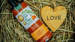Отзыв: Масло для душа Tour De Fresh макадамия-каритэ-миндаль: масло, но не на бутерброд, а на себя любимую! Может ли масло заменить гель для душа?