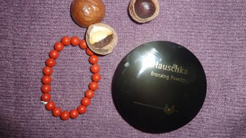 Отзыв: Пудра для лица с бронзовым эффектом Dr.Hauschka