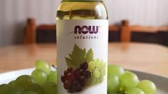 Отзыв: Лёгкий шелковистый увлажнитель - масло виноградных косточек Now Foods