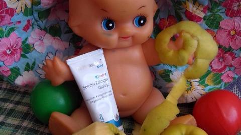 """Отзыв: Детская зубная гель-паста """"Апельсин"""" Dr.Hauschka"""