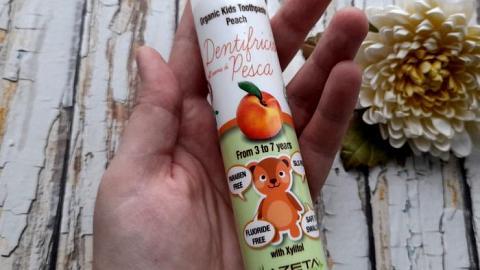 Отзыв: Органическая зубная паста с ксилитом 3-7 лет со вкусом Персик от бренда AZETAbio