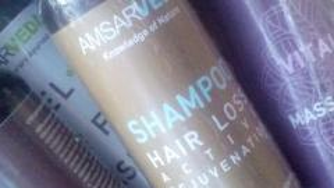Отзыв: Шампунь, который поднимает настроение и помогает волосам оставаться сильными и красивыми!