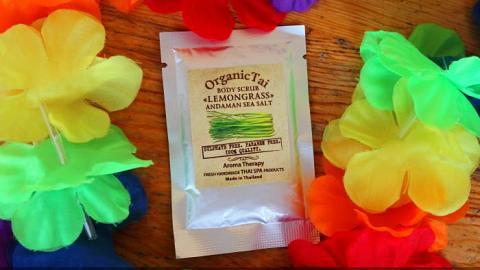"""Отзыв: Organic Tai Скраб для тела на основе соли Андаманского моря """"Лемонграсс"""" - необычно и экзотично"""