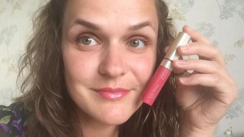 Отзыв: ВИДЕО: Блеск для губ Цветущий пион 17 Annemarie Borlind. Бриллиант!